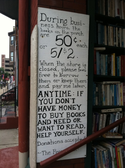 Sign offering free books